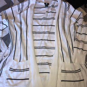 1x stripped cardigan